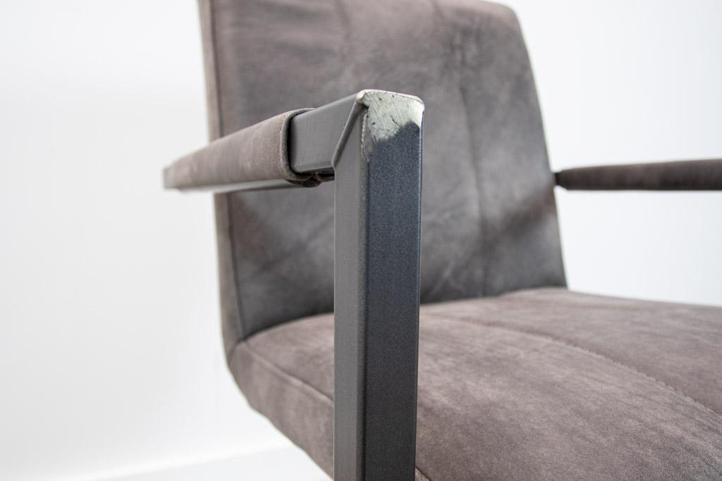 Industrie Freischwinger -  Lederstuhl - Art. 36 - Moro