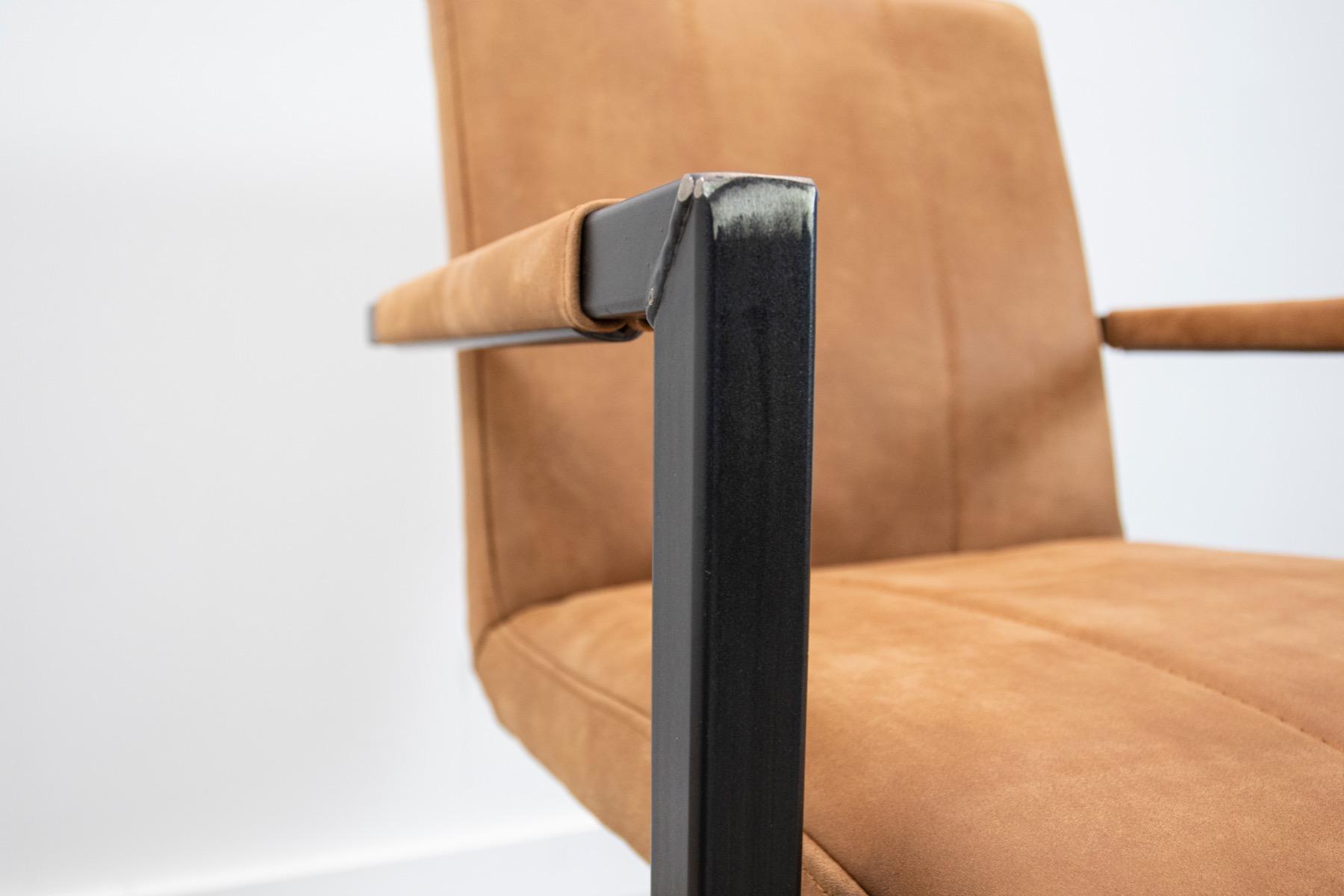 Industrie Freischwinger - Lederstuhl - Art. 36 - Walnut