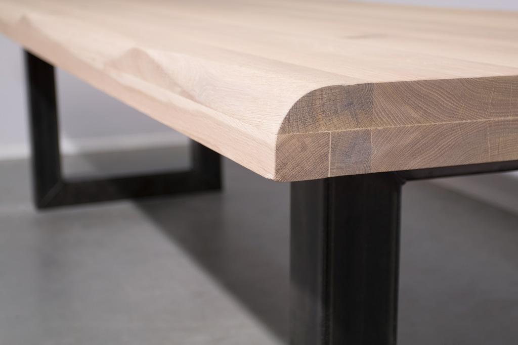 Industrie Design Esstisch O-Gestell - Baumstamm Eiche - Art. 166