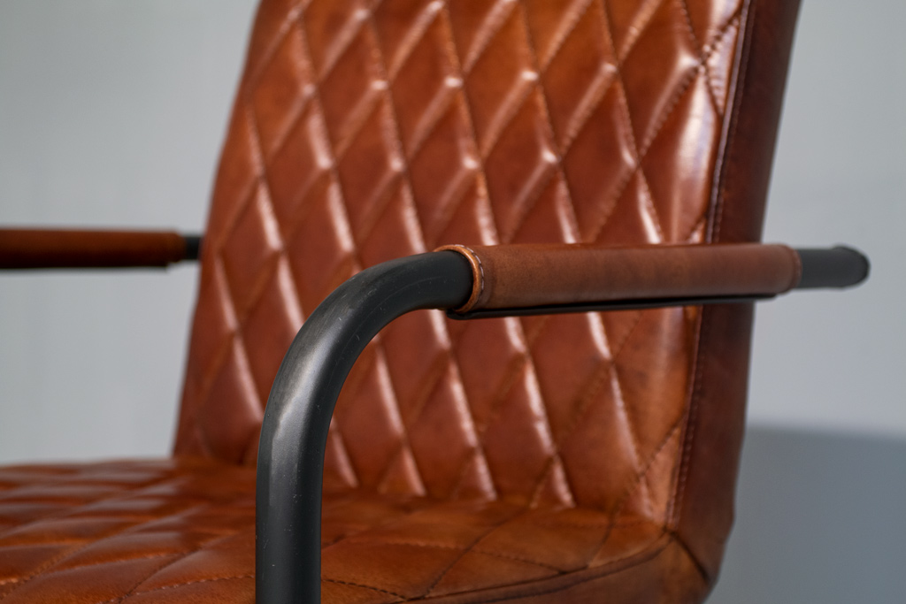 Industrie Freischwinger Mary - Lederstuhl - Industrial round