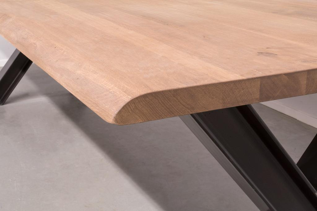 Industrie Design Esstisch X-Stahl Profil - Baumstamm Eiche - Art. 311