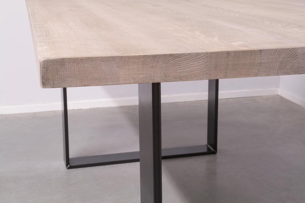 Industrie Design Esstisch U-Gestell - Neue Eiche - Art. 370