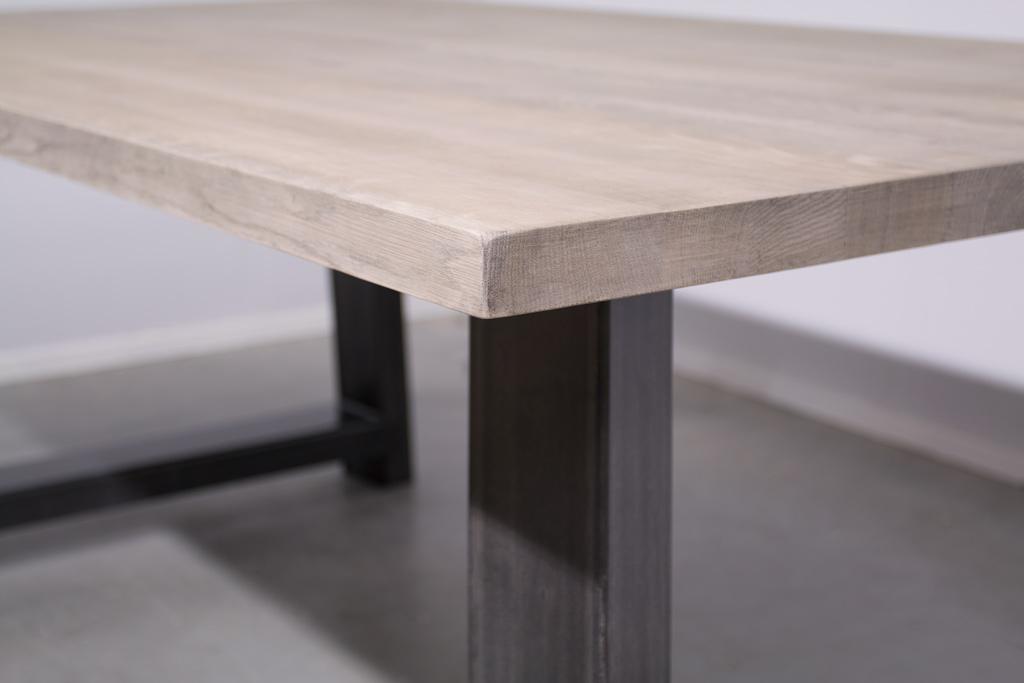 Industrie Design Esstisch Stahl Trapez Schräg - Neue Eiche - Art. 414