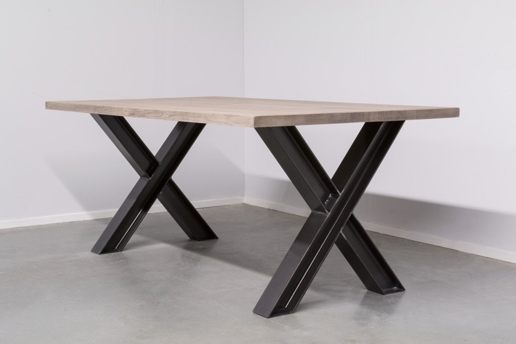 Industrie Design Esstisch X-Stahl Profil - Neue Eiche - Art. 311