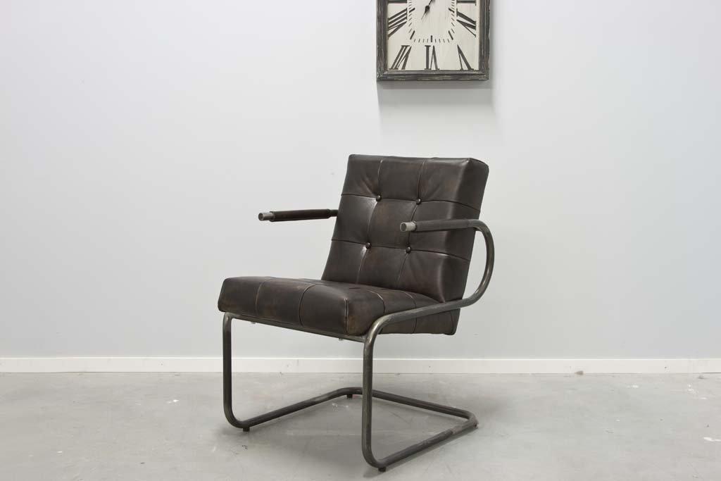 Buffalo Konferenz Freischwinger - Vintage Lederstuhl Runder Rahmen - Art. 391RP