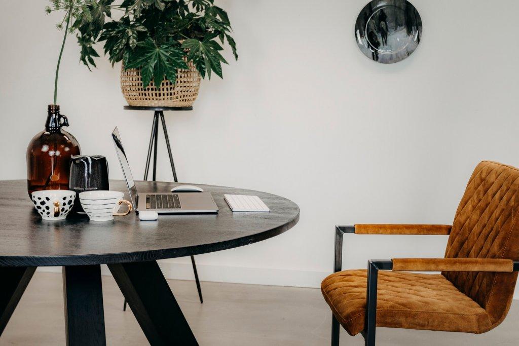 Ronde eetkamertafel Wilbert | Robuust eiken